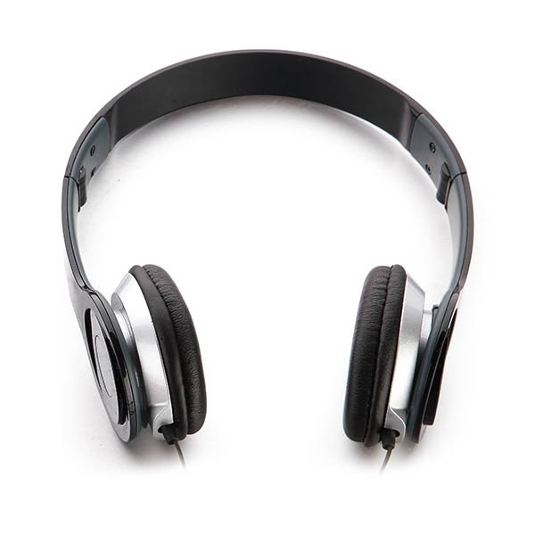 Foldable headset ● over-earstyle ● soft padded earcups for extra comfort ● auxilliary connection.