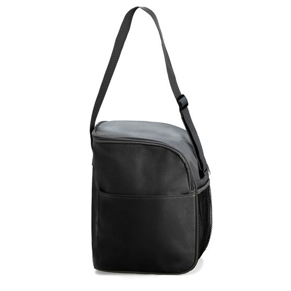 One main zipped compartment ● front pocket ● mesh pocket on side of cooler bag ● adjustable strap ● with foil lining ● Can hold up to 12 cans.