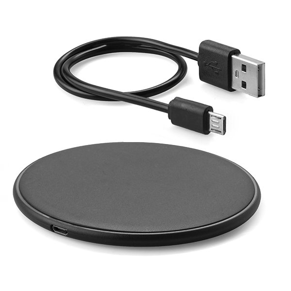 Wireless charging pad ● USB charging cable ● safety instructions ● Input: 5V/2A - 9V/1.8A ● Output: 5V/1A - 9V/1.5A(MAX) ● transmission distance ± 8mm ● efficiency ± 65%.