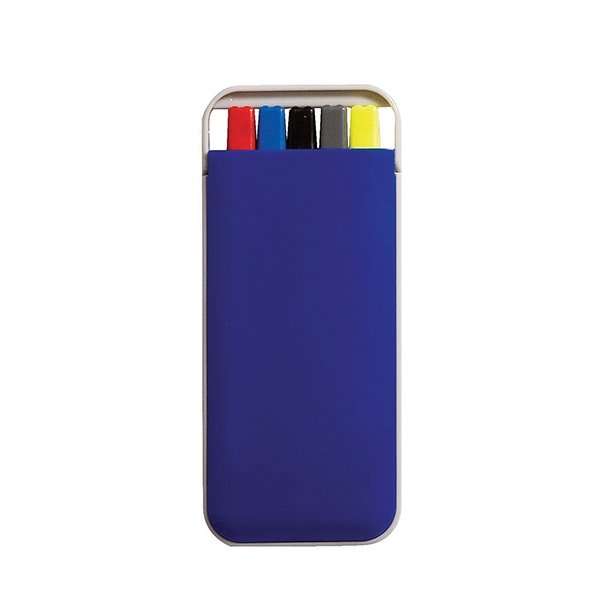 Red pen ● blue pen ● black pen ● clutch pencil ● a highlighter.